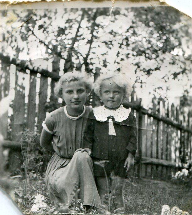 Jaś Sochoń z siostrą