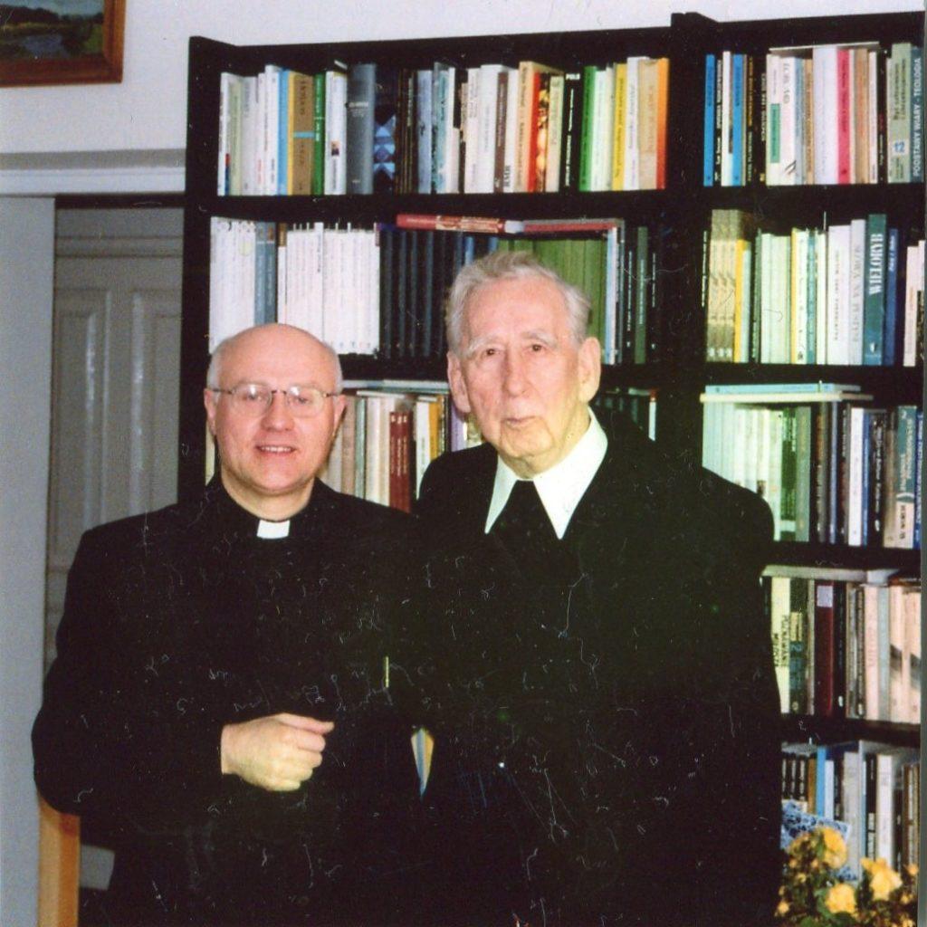 Ksiądz Jan z prof. Mieczysławem Albertem Krąpcem